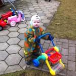 Peter med sin gåvogn:)
